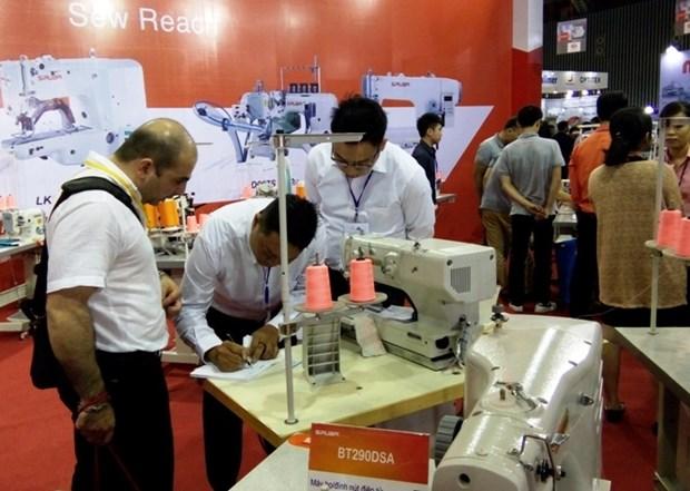 Abierta en Vietnam exposicion internacional de industria textil hinh anh 1