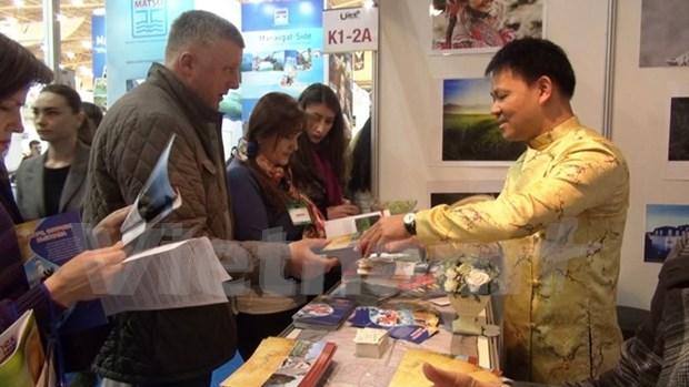 Vietnam realiza promocion turistica en Ucrania hinh anh 1