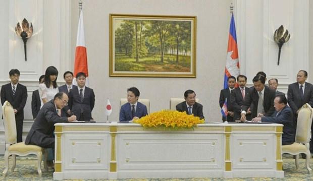 Japon ofrece asistencia de 182 millones de dolares para Camboya hinh anh 1