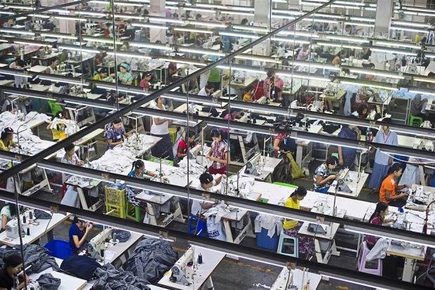 Banco asiatico recomienda a Myanmar aumentar inversiones en transporte hinh anh 1