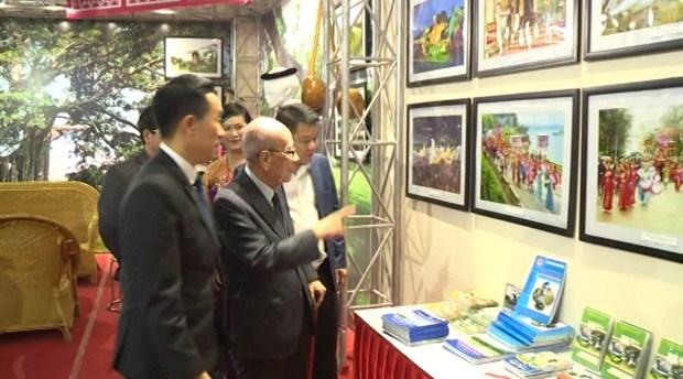 Exposicion en Hanoi presenta cultura y turismo de la region noroccidental hinh anh 1