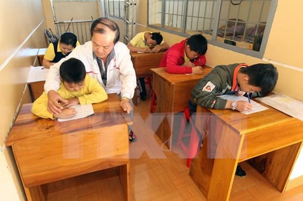 Partido Comunista de EE.UU. apoya a victimas vietnamitas del agente naranja hinh anh 1