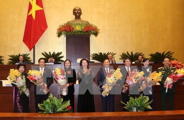 Parlamento vietnamita elige a titulares de sus comisiones hinh anh 1