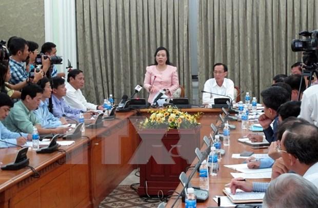 Ministra de Salud recomienda a poblacion mantener la calma ante Zika hinh anh 1