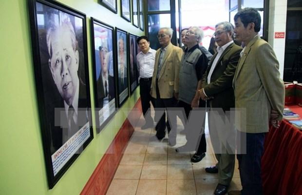 Exhiben logros del Partido Comunista y del Parlamento de Vietnam hinh anh 1