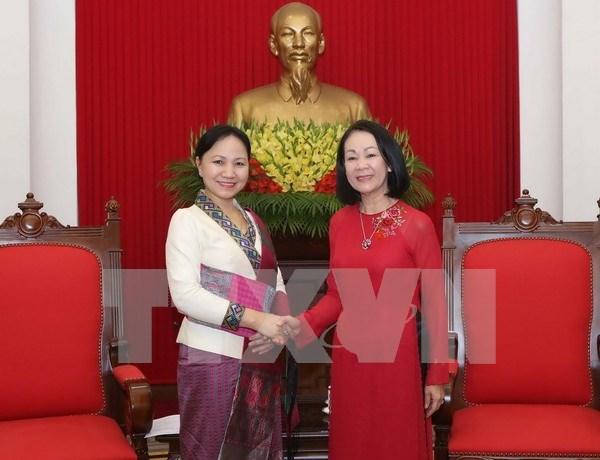 De visita en Vietnam presidenta de Union de Mujeres de Laos hinh anh 1