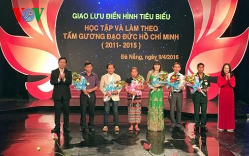 Honran a personas destacadas en campana de seguir el Presidente Ho Chi Minh hinh anh 1
