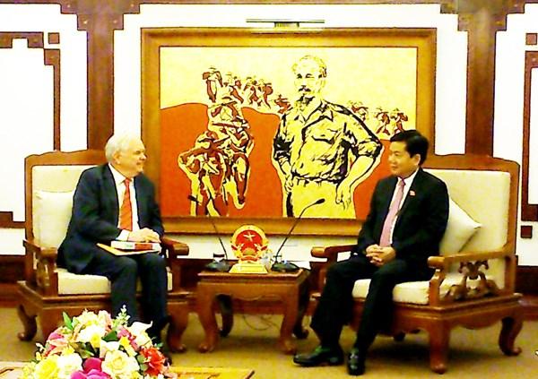 Vietnam favorece el establecimiento de Universidad de Fulbright hinh anh 1