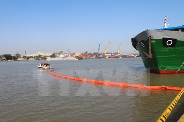Vietnam aumenta cooperacion internacional en solucion al derrame de petroleo hinh anh 1