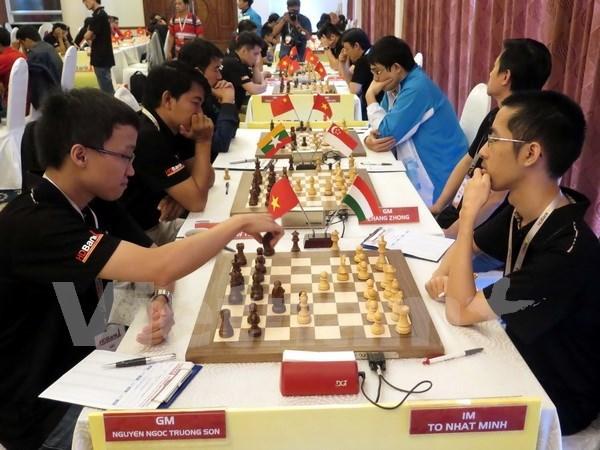 Brillan ajedrecistas vietnamitas en torneo asiatico juvenil hinh anh 1