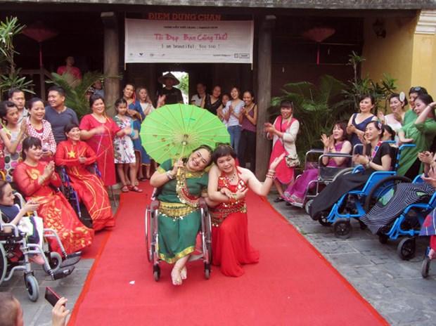 Honran la belleza de mujeres con discapacidad en Vietnam hinh anh 1