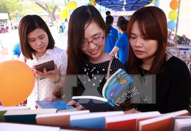 Inauguran en Hanoi tercera edicion de Dia Nacional del Libro hinh anh 1