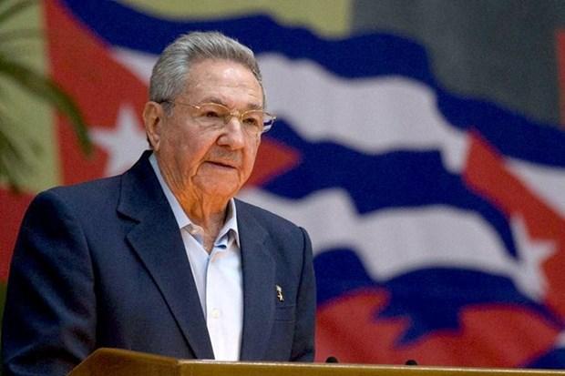 Lider vietnamita felicita al primer secretario del Partido Comunista de Cuba hinh anh 1