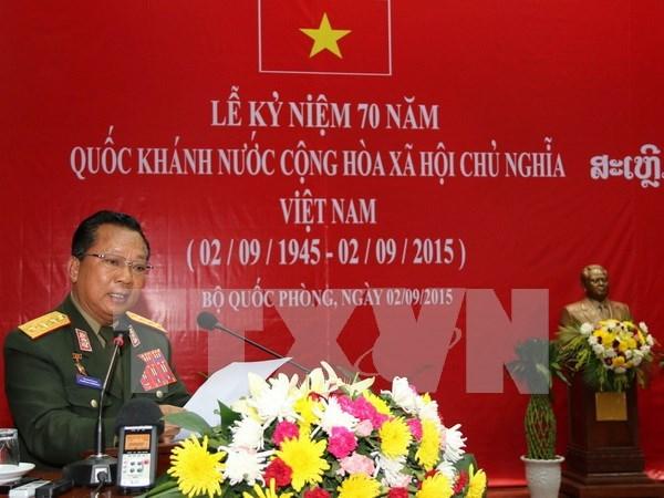 Vietnam acompanara con Laos en desarrollo nacional, afirma ministro de defensa hinh anh 1