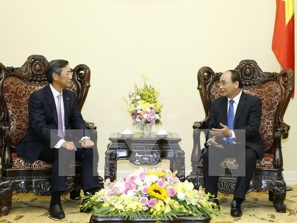 Vietnam promete condiciones favorables para inversores japoneses hinh anh 1