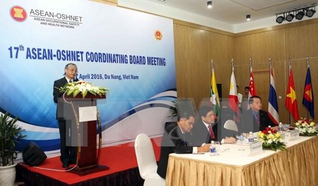 Efectuan foro regional de seguridad e higiene laboral en Da Nang hinh anh 1