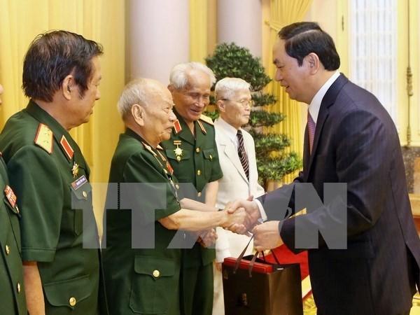 Presidente vietnamita aprecia aportes de excombatientes voluntarios en Laos hinh anh 1
