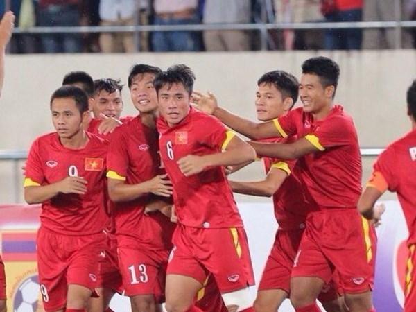 Seleccion olimpica vietnamita participa en ronda final de futbol regional hinh anh 1