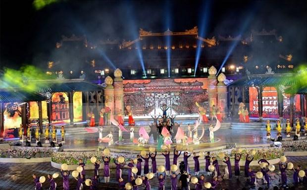 Festival Hue 2016 propicio turismo local hinh anh 1
