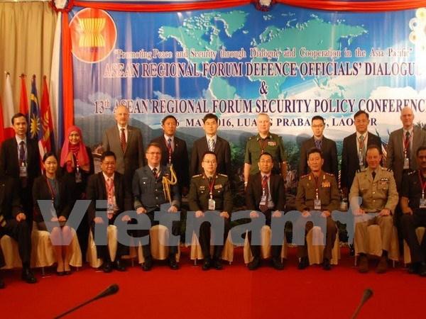 Inauguran dialogo de oficiales de defensa del Foro Regional de ASEAN hinh anh 1