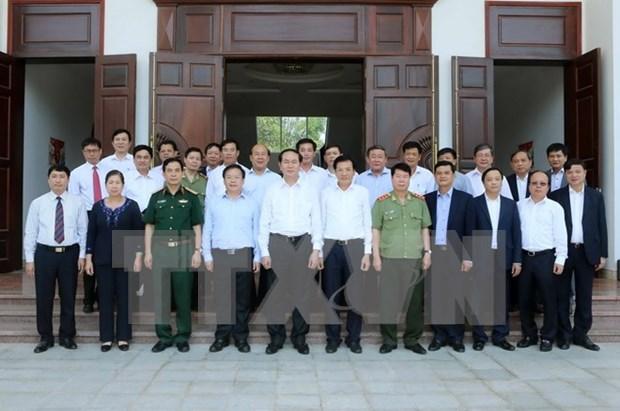 Presidente vietnamita realiza visita de trabajo a provincia montanosa hinh anh 1