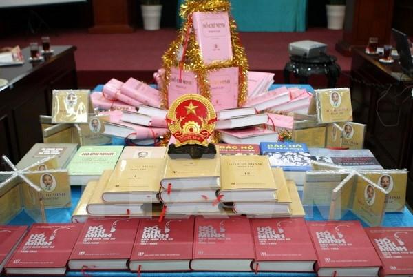 Inician por primera vez traduccion a laosiano de obras completas de Ho Chi Minh hinh anh 1
