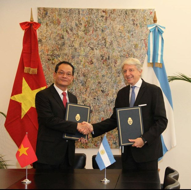 Vietnam y Argentina promueven relaciones bilaterales hinh anh 1