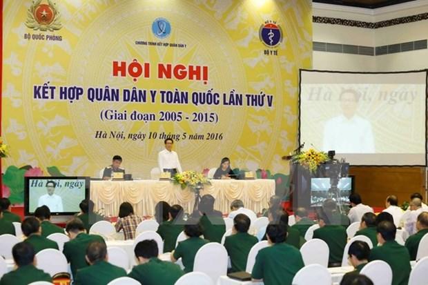 Exhorta vicepremier vietnamita a aumentar inversiones en la salud publica hinh anh 1