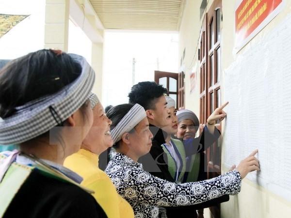 Vietnam aumenta cifra de representantes de minorias etnicas en organos electos hinh anh 1