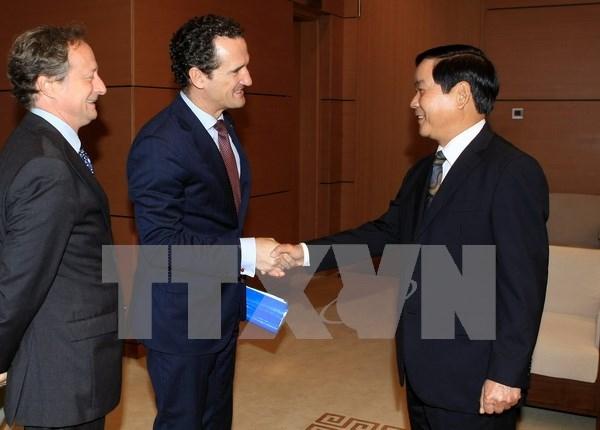 UE duplicara la ayuda para la ASEAN, afirma embajador hinh anh 1