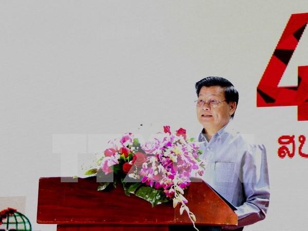 Visitara Vietnam primer ministro laosiano para impulsar nexos bilaterales hinh anh 1