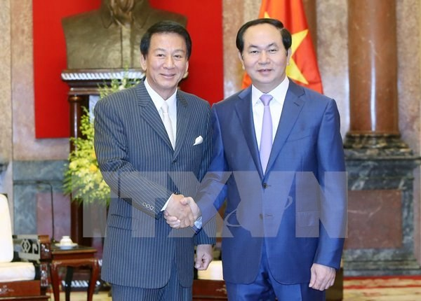 Presidente vietnamita destaca desarrollo de nexos Hanoi- Tokio hinh anh 1