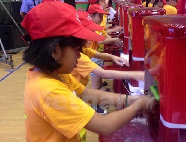 Lanzan en Vietnam campana para estimular lavado de manos con jabon hinh anh 1