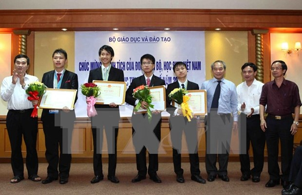 Vietnam gana oro en Olimpiada internacional de Informatica hinh anh 1