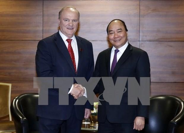 Premier vietnamita se reune con lider comunista ruso hinh anh 1