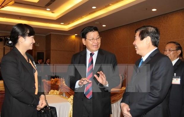 Concluye premier laosiano visita oficial a Vietnam hinh anh 1
