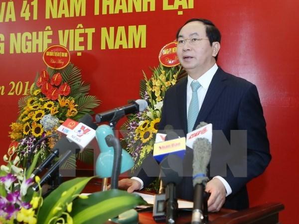 Presidente de Vietnam recibe a delegacion empresarial internacional hinh anh 1