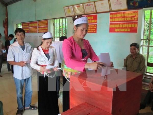 Mas de 70 por ciento de votantes participaron en elecciones generales esta manana hinh anh 1