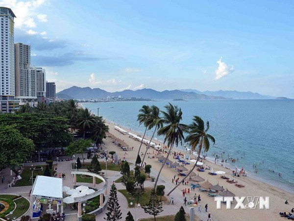 Aumentan visitas de turistas extranjeros a Khanh Hoa hinh anh 1