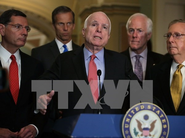 Senado de EE.UU. aprueba revocacion de supervision a pescados sin escamas hinh anh 1