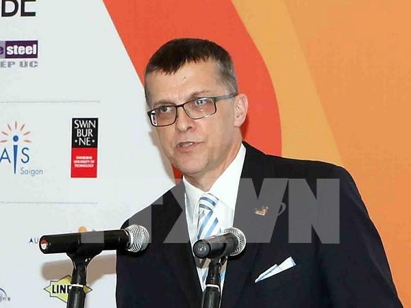 Viceprimer ministro de Vietnam recibe a saliente embajador australiano hinh anh 1