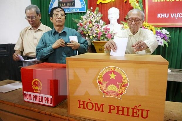 Localidades vietnamitas publican resultados de elecciones generales hinh anh 1