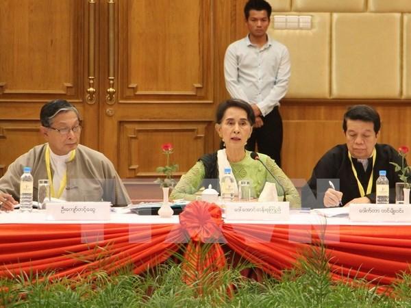 Myanmar establece comites para impulsar proceso de paz hinh anh 1