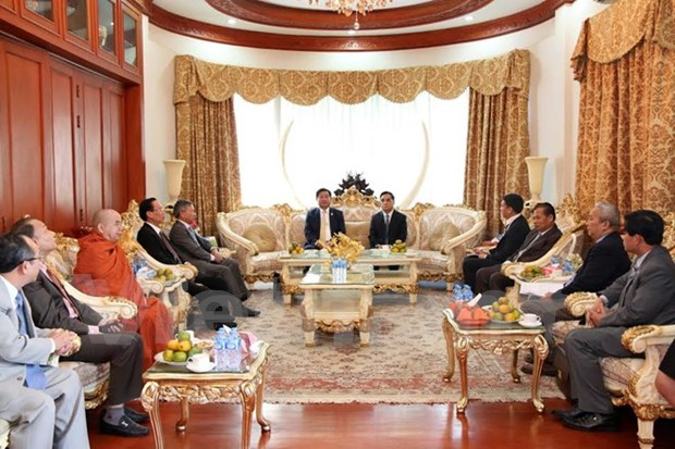 Ciudad Ho Chi Minh robustece relaciones con localidades laosianas hinh anh 1