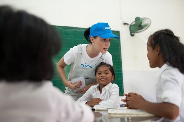 Katy Perry visita a ninos con condiciones dificiles en Vietnam hinh anh 1