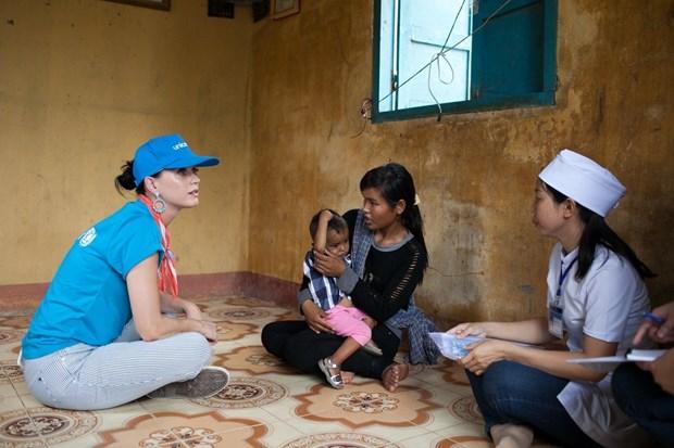 Katy Perry visita a ninos con condiciones dificiles en Vietnam hinh anh 3