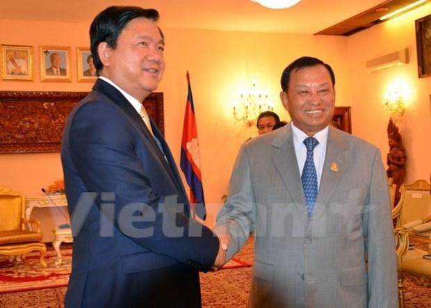 Ciudad Ho Chi Minh y Phnom Penh amplian cooperacion hinh anh 1