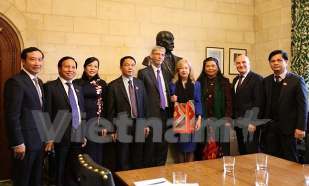 Cooperacion parlamentaria cohesiona relaciones Vietnam – Reino Unido hinh anh 1