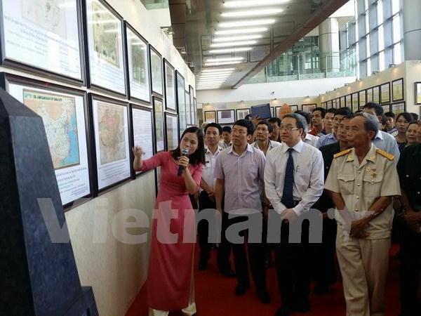 Exposicion fotografica reafirma soberania vietnamita sobre Hoang Sa y Truong Sa hinh anh 1
