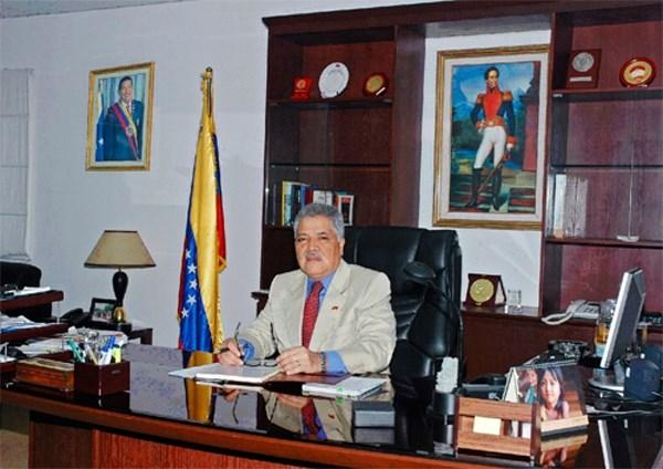 Embajador venezolano denuncia ataques mediaticos contra su pais hinh anh 1